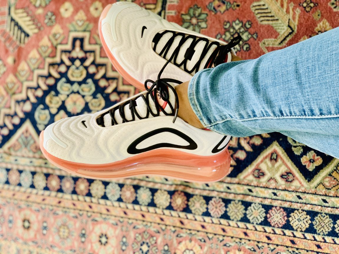 Nike Air Max 720 Soft Pink